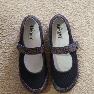 Alegria Dream Fit Mary janes